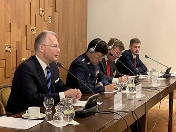 Šéf BIS Michal Koudelka ve sněmovně sděluje, že Čína je pro ČR největší hrozbou