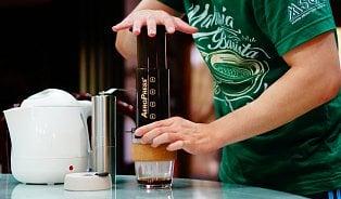 Aeropress– návyková hračka pro kávové nadšence
