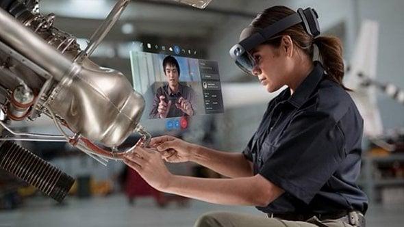 [článek] Microsoft má dva roky náskok před konkurencí aneb Co čekat od brýlí HoloLens 2