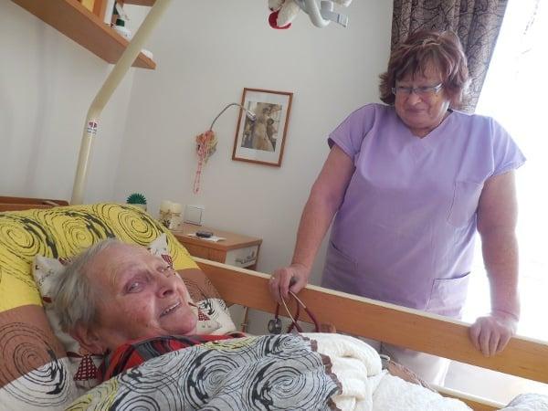 Dr. Kusáková působí také v domově pro seniory v Havířově