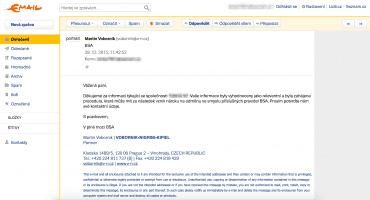 Oznamovatelka dostává e-mail od advokátní kanceláře, ale je v něm uváděná úplně jiná společnost.