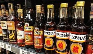 Vitalia.cz: Rozdíl mezi rumem a tuzemákem