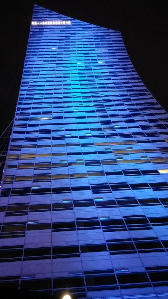 Złota 44 - nejvyšší budova s apartmány v EU