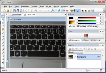 PictBear je hodně podobný Adobe Photoshop, ale je zdarma