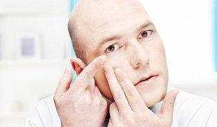 Je dobré střídat kontaktní čočky a brýle?
