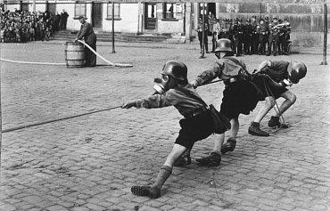 Hitlerjugend, Hitlerova mládež, 1933