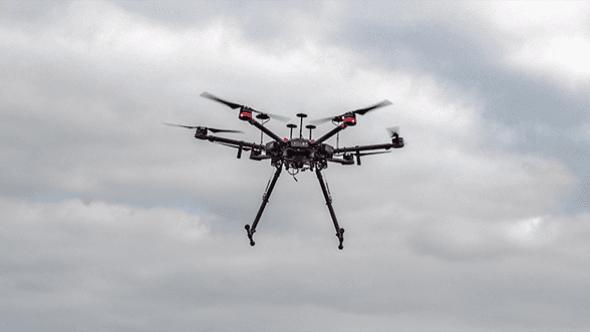 Povinná registrace a další novinky. Co přináší nová evropská regulace dronů?