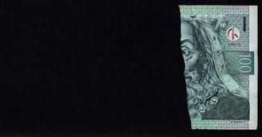 Nestandardně poškozená bankovka: Bankovka, jejíž plocha je menší nebo rovna 50%. Česká národní banka: zadrží bankovku bez náhrady. Úvěrová instituce provádějící pokladní operace a zpracovatel bankovek a mincí: zadrží bankovku bez náhrady a předají ji ČNB. Ostatní subjekty: mohou bankovku odmítnout.