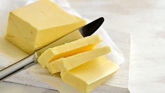 Cizí másla obsahují moc vody