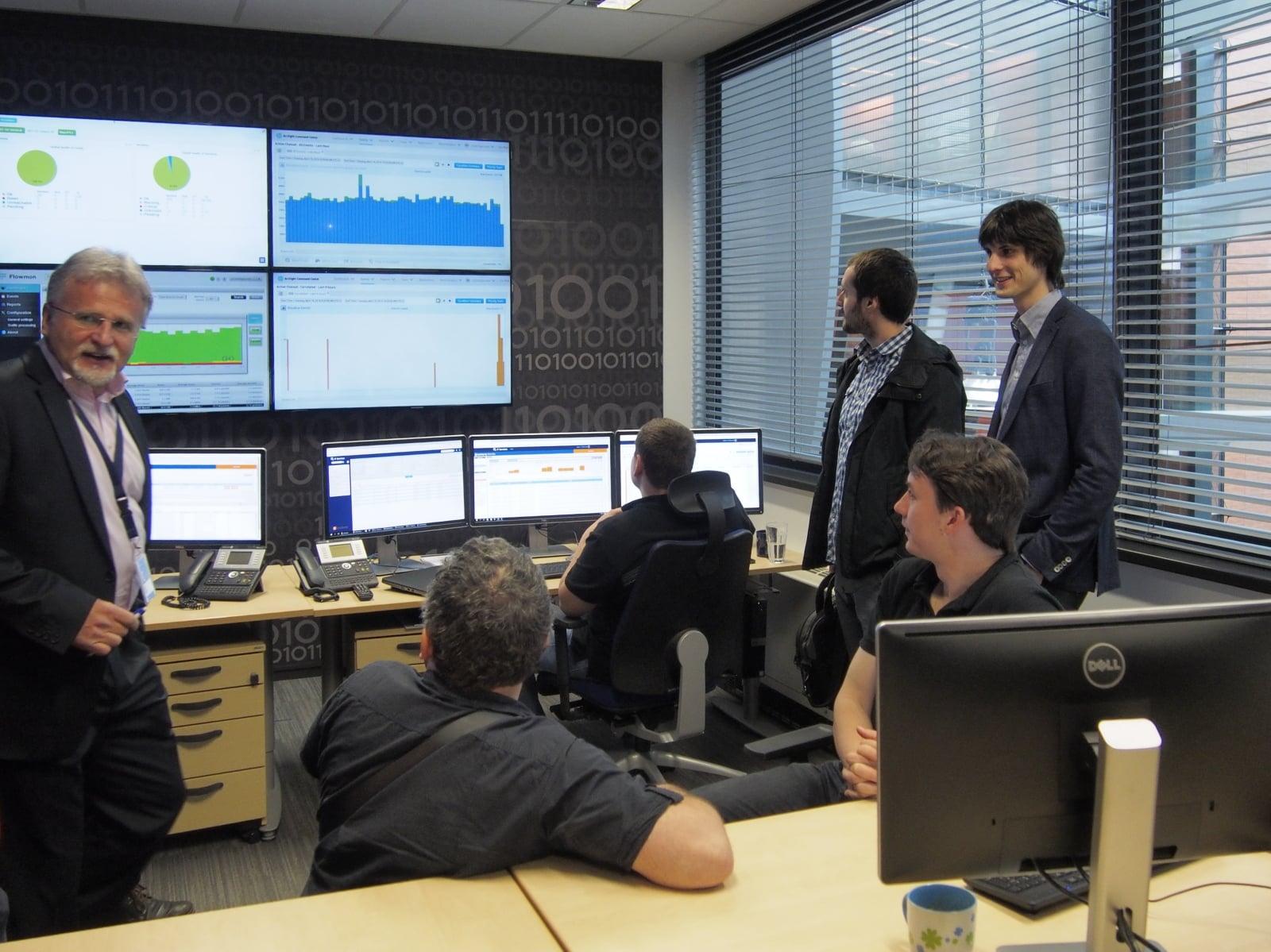 """Na návštěvě v """"Security Expert Center"""" O₂ IT Services"""