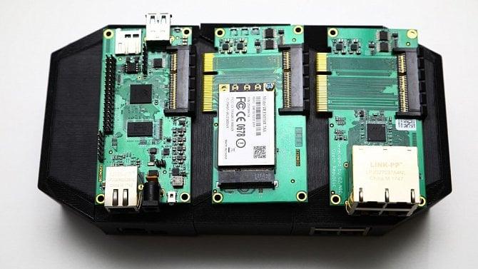 [článek] Přichází Turris MOX, modulární a levnější bratr routeru Turris Omnia od CZ.NIC