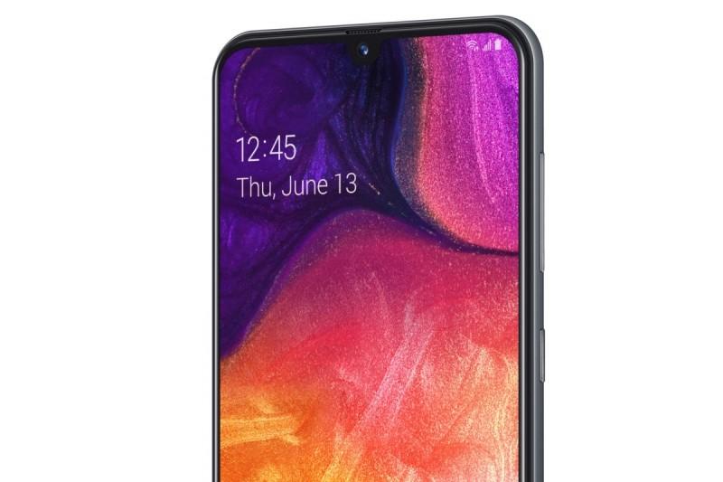 I když jsme pro testování použili smarpthone OnePlus 6T, podporuje aplikace Váš telefon i celou řadu smartphonů Samsung Galaxy