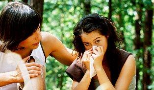 Krvácení znosu zastaví gumička na malíčku