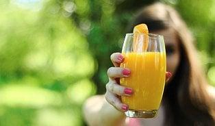 Nektar není džus! dTest vybral nejlepší pomerančovýdžus