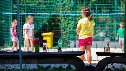 Vitalia.cz: Bohaté děti pijí vodu, chudé slazené nápoje