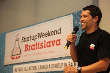 Peter Komornik na Startup Weekendu v Bratislavě.