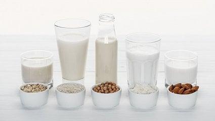 Vitalia.cz: Co místo mléka a vajec? Alternativy potravin