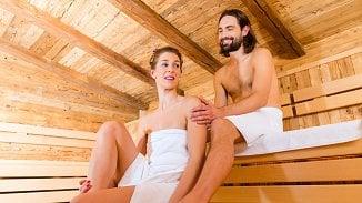 5druhů sauny: finská klasika isauna snízkou teplotou