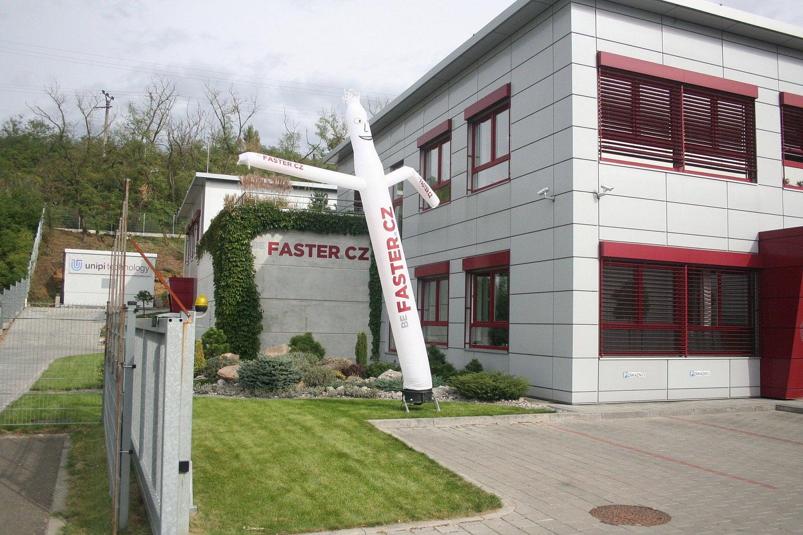 Faster druhé datacentrum