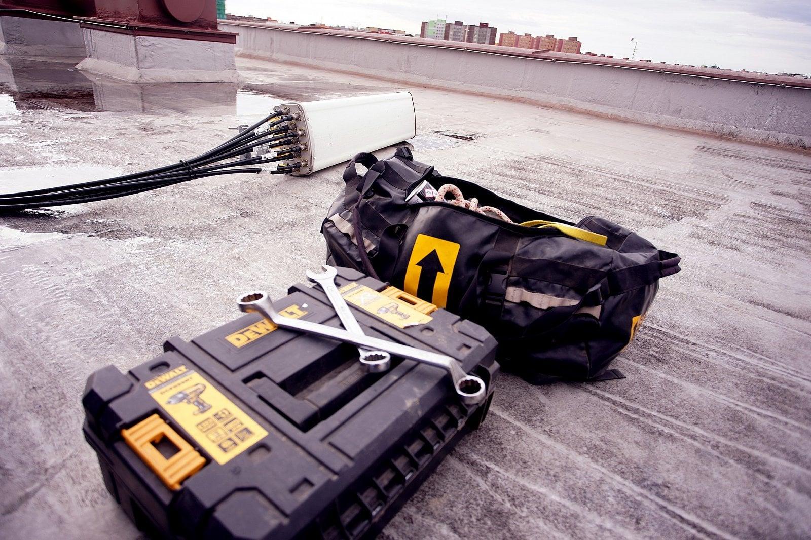 Výměna mobilního vysílače O2 a CETINu