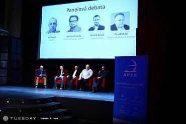 Panelová debata