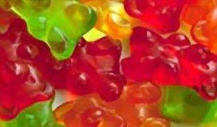 Éčka nejsou jen emulgátory - k čemu slouží přídatné látky v potravinách?
