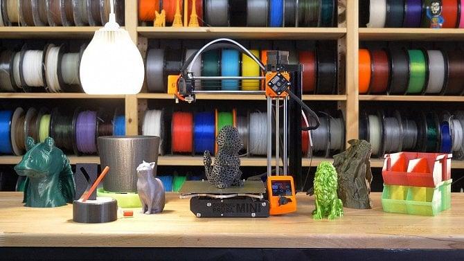 Obrazem: Průša má mini 3D tiskárnu za 10tisíc