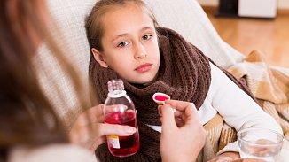 Akutní kašel: školní děti ho mají až desetkrát ročně