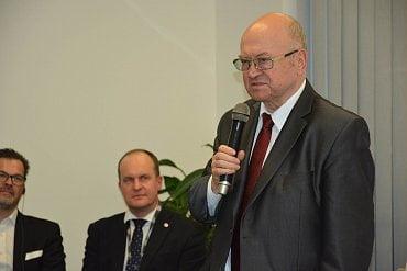 Vladimír Remek na otevírání ESA BIC v Brně