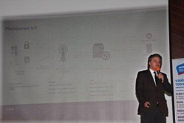Patrik Jalamudis zastává v Českých Radiokomunikacích pozici business development manažera.