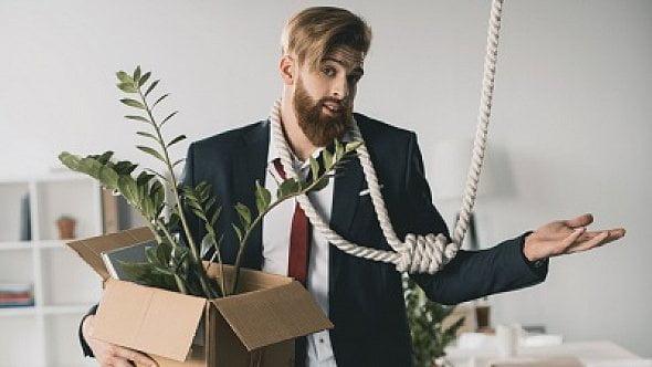 Jak zrušit s.r.o. aneb Když chcete podnikání pověsit na hřebík
