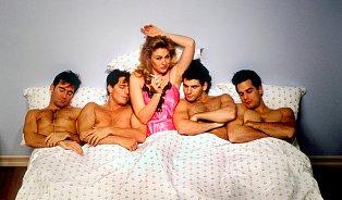 Bisexualita prý neexistuje. Bisexuální chování ano
