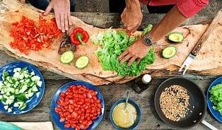 Kolik zeleniny je akorát? 2× více než ovoce
