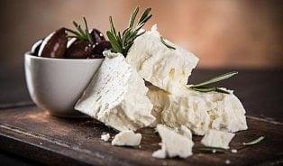 Vitalia.cz: Feta, nebo balkánský sýr? Trik je v mléce