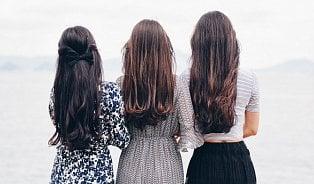 Vitalia.cz: Poraďte si spadáním vlasů