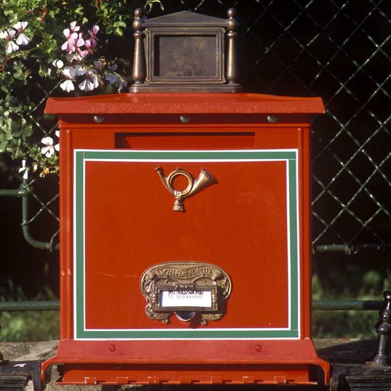 Co dělat, když vás poškodila Česká pošta nebo soukromý provozovatel poštovních služeb?