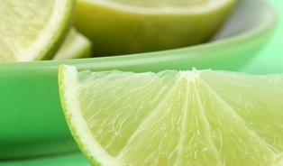 Je bezpečné jíst kůru citrusů? Limetky zAlberta ne