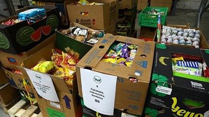 Vitalia.cz: Potravinové banky jsou plné sladkostí