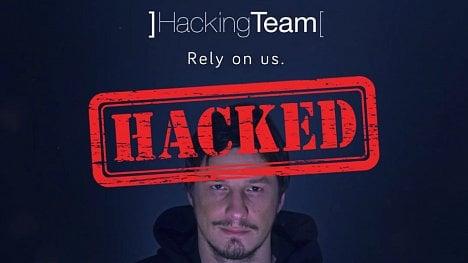 Na jakou webovou stránku o hackování došlo