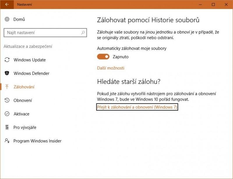Povolte ve Windows 10 funkci Historie souborů. Jedná se o funkci, která představuje velmi jednoduché řešení zálohování