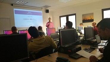 Root.cz: Naučte se spravovat Linux na serveru
