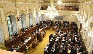 Sněmovna: Oočkování je rozhodnuto