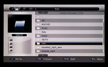 Multimediální přehrávač – jeho verze v češtině je prakticky nepoužitelná.