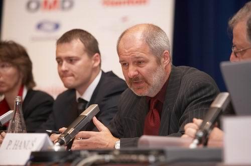 Martin Nováček z agentury OMD obhajuje setrvání reklamy na obrazovce České televize