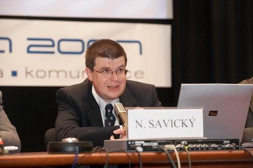 Podle ředitele pro strategický rozvoj Slovenské televize Nikolaje Savického je situace na Slovensku mnohem příznivější než v České republice