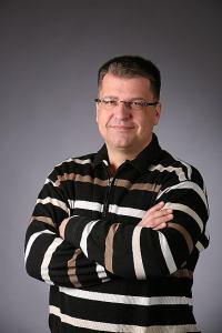 Petr Šebek - zkřížené ruce