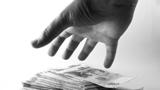 Vyplatí se zaměstnancům vybírat zúčtu životního pojištění?