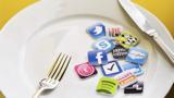 Kolik účtů má každá nadnárodní korporace na Facebooku a Twitteru?