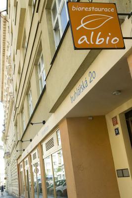 Zdravá-výživa-recenze-Albio-1