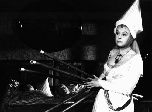 Bílá paní - český film